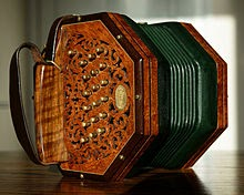Music Made Easy With a Concertina