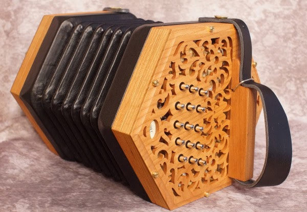Learn How to Play the Concertina